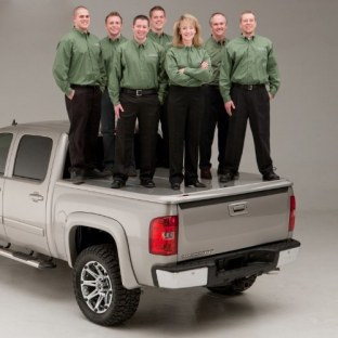Undercover UC2176L-YZ Oxford White LUX Tonneau Cover for 6.8' Short Bed F-250/F-350